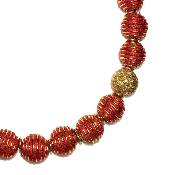 rødt-smykke-halskjede
