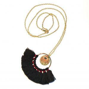 bohem-smykke-halskjede-sort