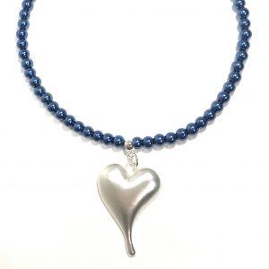 blått-perle-smykke-hjerte