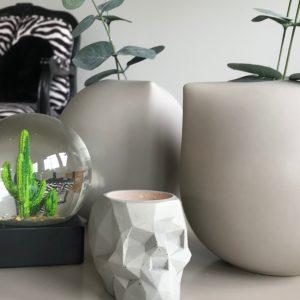 betong-lysestake-hodeskalle-telys