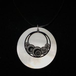 skjell-smykke-halskjede