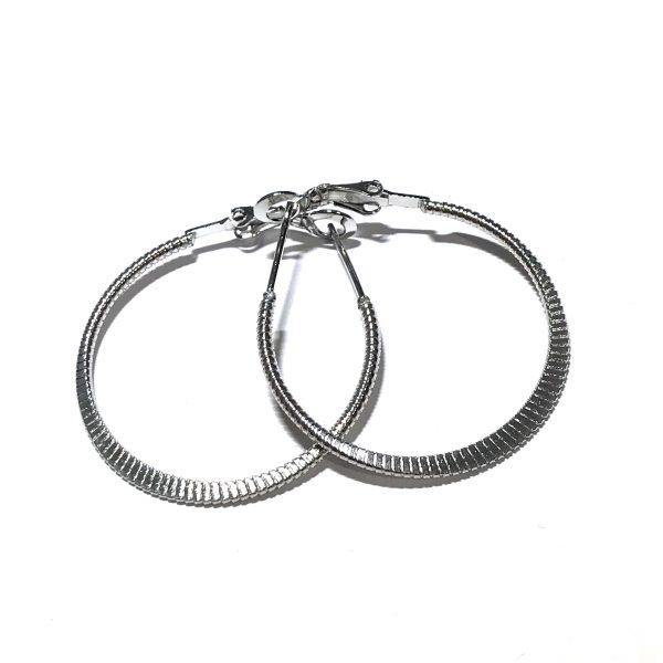 stål-øreringer