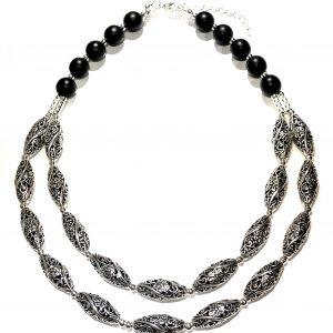 tøft-sort-smykke-halskjede