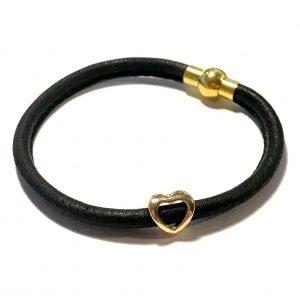 sort-lammeskinn-hjerte-armbånd