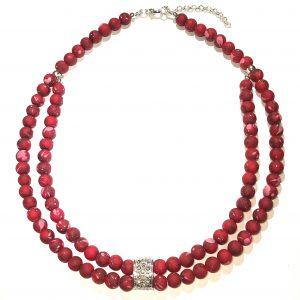 matt-rød-smykke