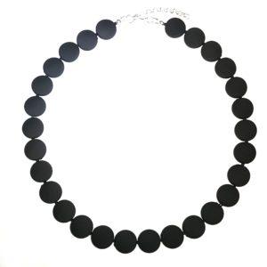 sort-matt-smykke-halskjede