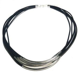 sort-tube-smykke-halskjede