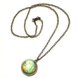 globus-bronse-smykke-halskjede