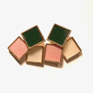 rosa-grønn-firkant-øredobber-ørepynt