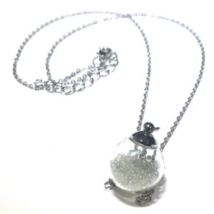 glass-perle-smykke-halskjede